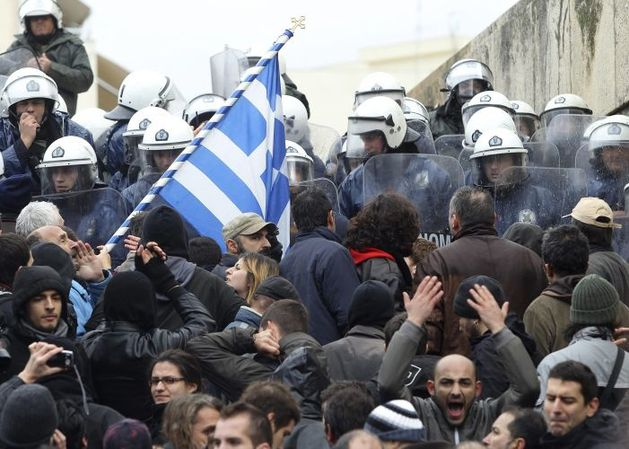 120207_crise_grecia_f_002.jpg