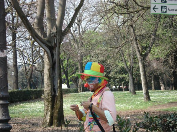 clown-jardin-borghese.jpg