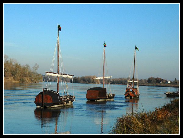 barges-600x400.jpg