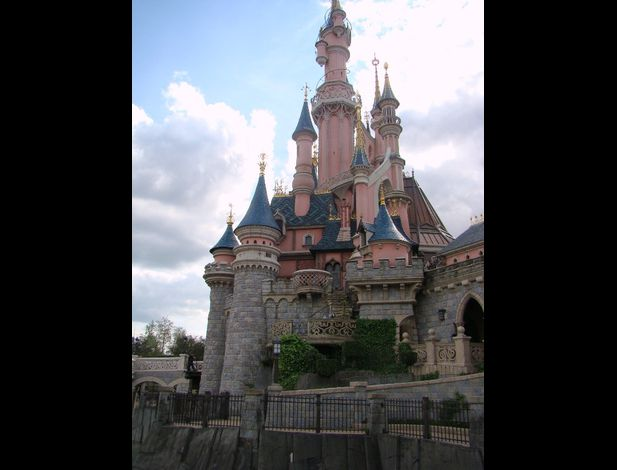 Disneyland  Paris chateau belle bois dormant (2)