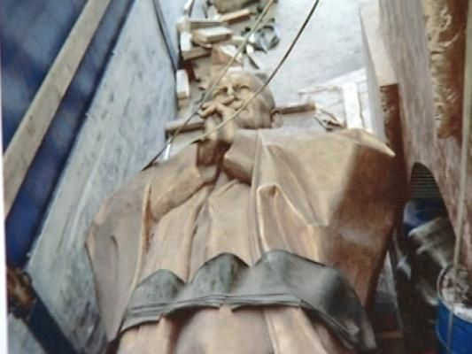 statue-jp2-ploermel.jpg