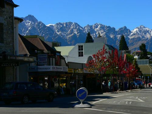 117-queenstown-centre-ville.jpg