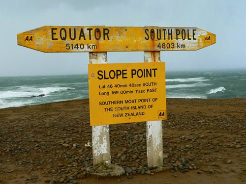 141-catlins-slope-point-panneau-direction.jpg
