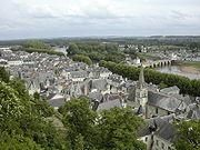 Chinon-Chateau-Wikipedia.jpg