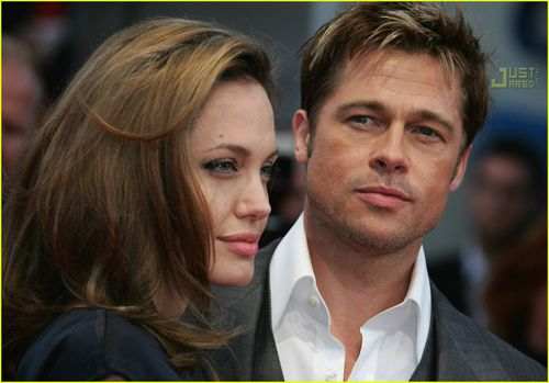 brad-angelina-red-carpet-france-6.jpg