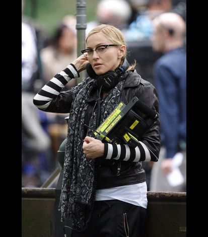 Madonna on the set of WE in NY 20100917 31