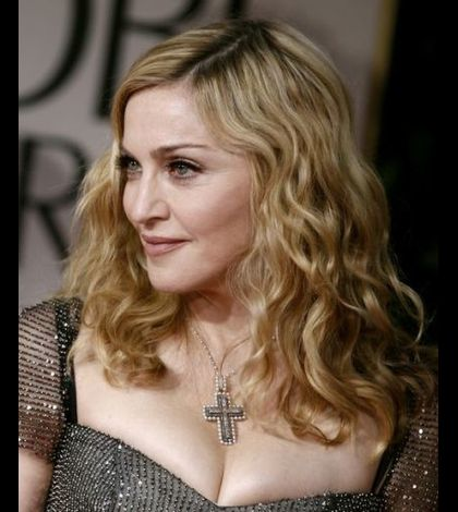 Madonna 2012 Golden Globe Awards 07 red carpet photocall
