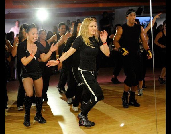 Madonna Hard Candy Fitness Mexico center 20101129 112