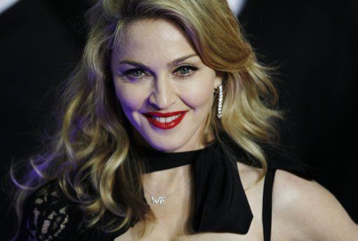 Madonna WE UK premiere London 20120111 01