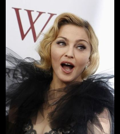 Madonna WE US premiere New York 20120123 01