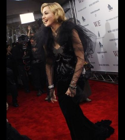Madonna WE US premiere New York 20120123 02
