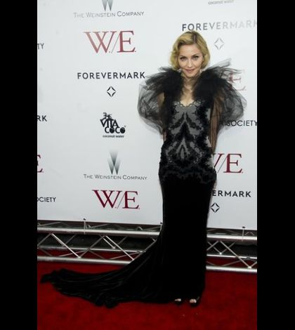 Madonna WE US premiere New York 20120123 05