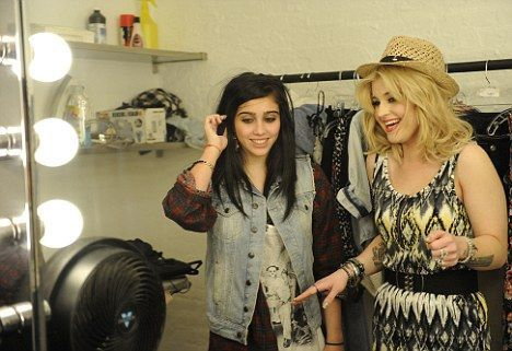 Kelly Osbourne Madonna and Lourdes on Material Girl shoot 1