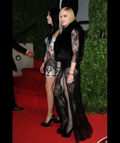 Madonna and Lourdes Vanity Fair Oscar Party 20110227 10