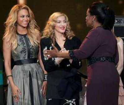 Madonna at Oprah Winfrey Final Show 20110517 05