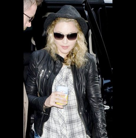 Madonna in New York NBC Studios 20110425 03