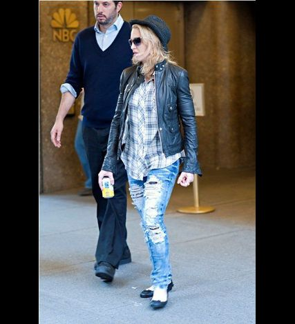 Madonna in New York NBC Studios 20110425 14