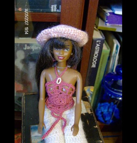 Chapeau et top crochet Barbie