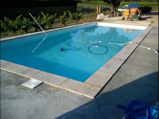 Le blog de sylvain lepand artisan en r novation peinture carrelage b ton cir install la for Photo amenagement piscine