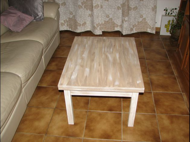 Renovation d une table a manger for Papier a coller sur meuble
