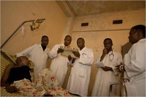 Hopital-au-Congo.jpg