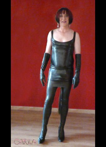 latex slut 51