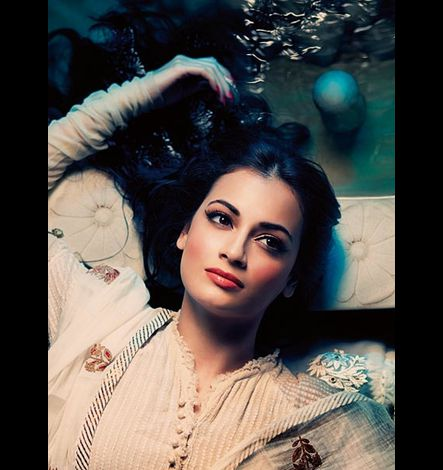 Dia Mirza as Pakeezah