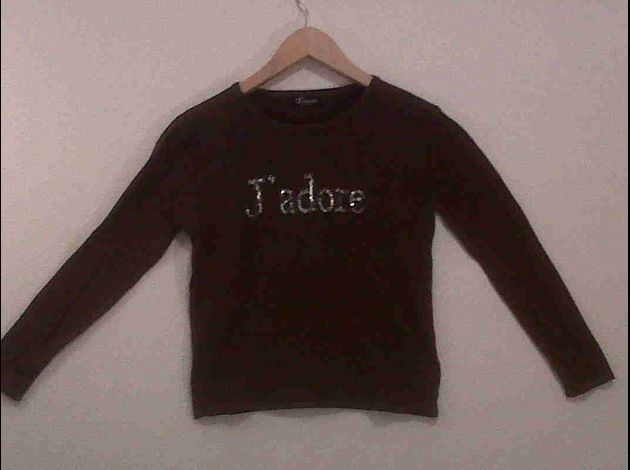 11 : Pull taille M 10euros