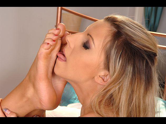 Sucking Feet