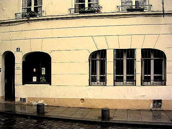 hotel-esmeralda-paris