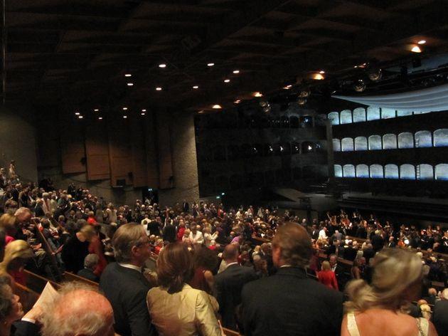Public Opera de SalsbourgRetJ 06