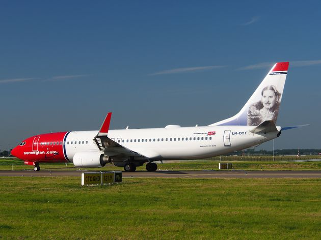 LN-DYT_Norwegian_Air_Shuttle_Boeing_737-8JP-WL-_-_cn_39048_.JPG