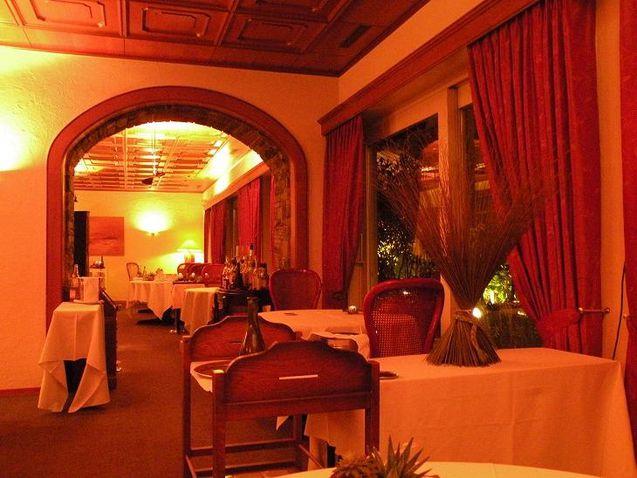 D ner gastronomique la roseraie koyangi bacalhau for Vaisselle restaurant gastronomique