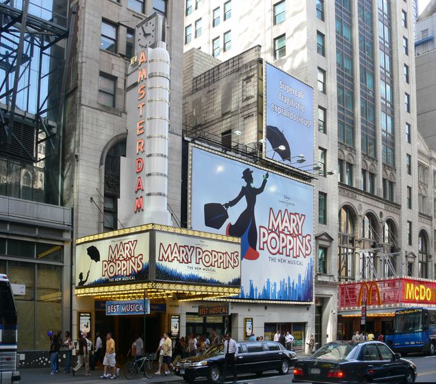 New_Amsterdam_Theatre_Mary_Poppins_2007_NYC.jpg