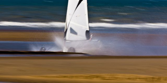 CHAR A VOILE - 030-2