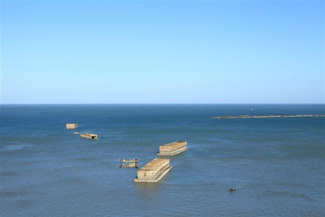 Arromanches barges Phoenix