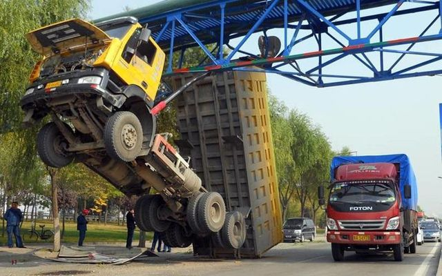 camion-accident.jpg