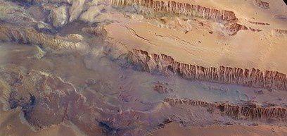 Mars-Valles-Marineris_thumb-e1351074835114.jpg