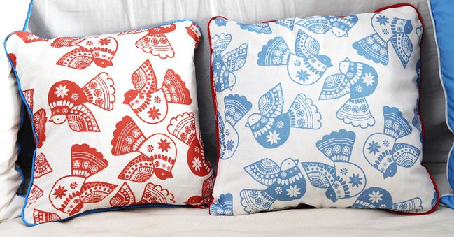 coussin-motif-oiseau-simple-1-copie-1.jpg