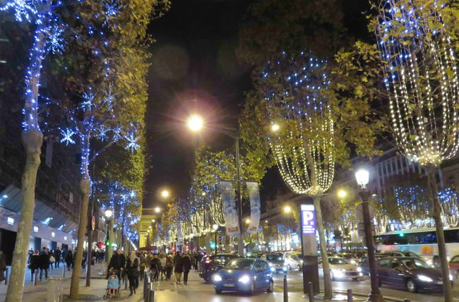 ILLUMINATIONS-PARIS-2647---Copie_compressed.jpg