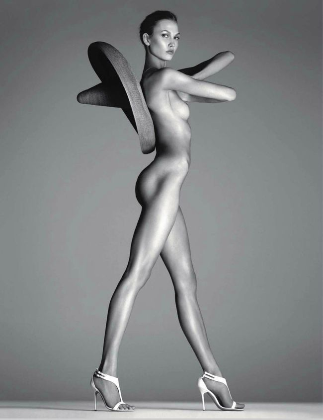 nude-in-vogue-steven-meisel-vogue-russia-special-edition-20.jpg