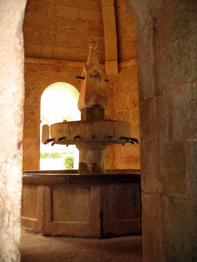 Abbaye-Thoronet-fontaine