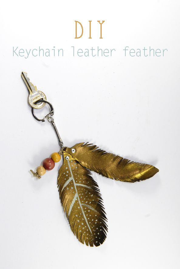 DIY-Keychain-leather-feather-2.jpg