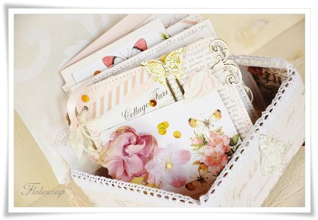 Mini-album-with-box-Floliescrap 0024