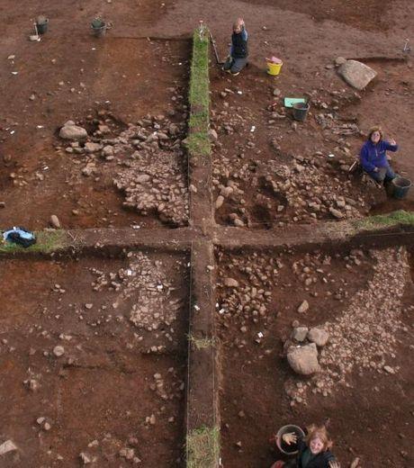le-site-de-fouilles-a-troon-en-cornouailles-credits-faceboo.jpg