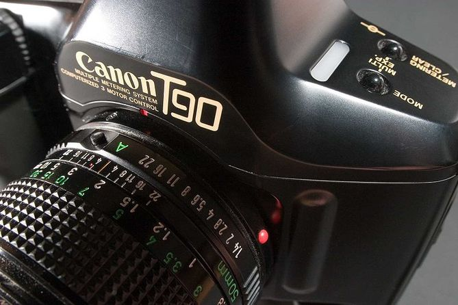 Canon T90 dernier reflex pro non autofocus
