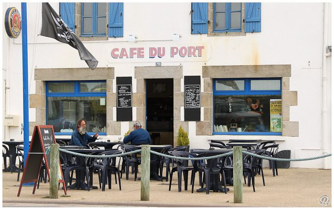 Cafe-du-port-quimiac.jpg