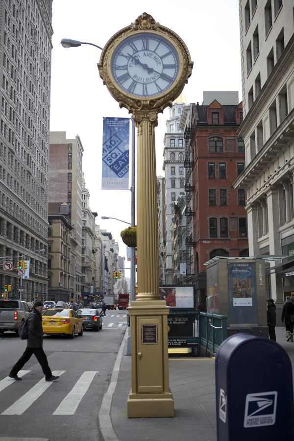 Stunning new york horloge pictures for Horloge murale new york