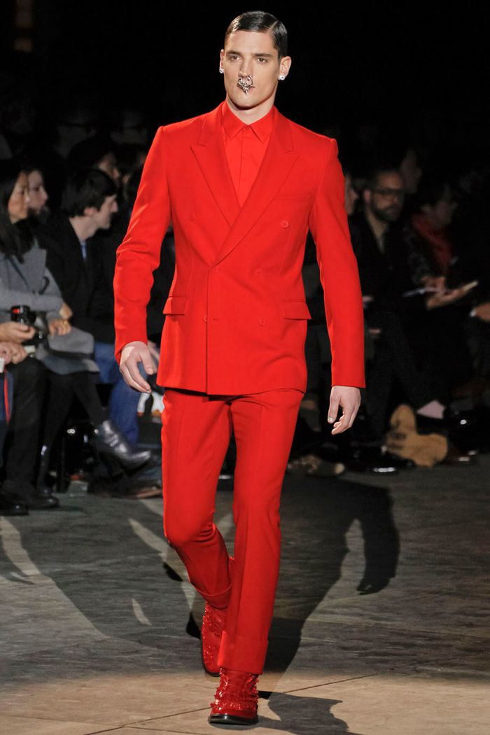 givenchy-1-aw12mcqc20 (1)