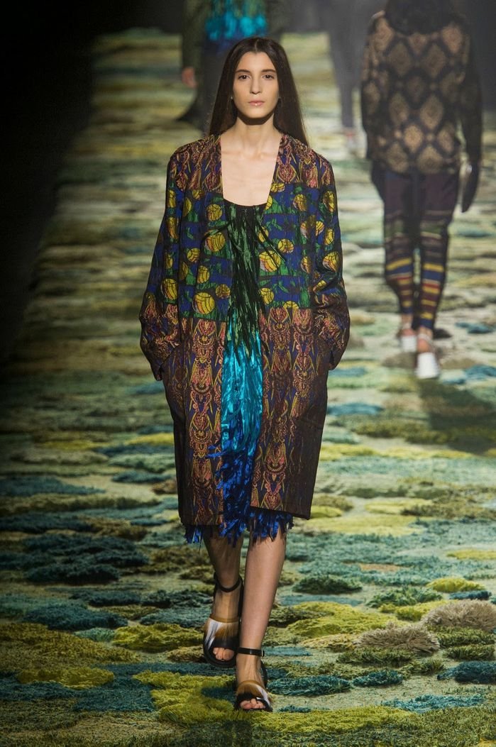Dries-Van-Noten-02.jpg